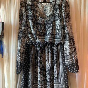 Long sleeve chiffon dresss